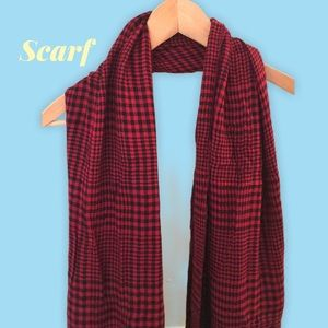 Houndstooth plaid red black scarf